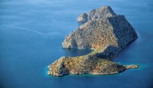 Νησιά που γίνονται κουκκίδες πίσω σου