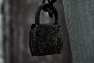 Σιωπή: To φρούριο των συναισθημάτων