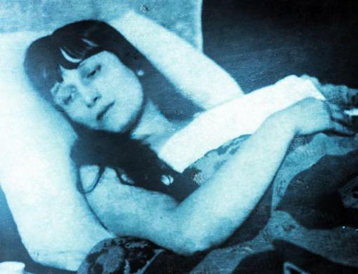 Αννα Αχμάτοβα (σαν σήμερα 5 Μαρτίου πέθανε η «Άννα Πασών των Ρωσιών»)