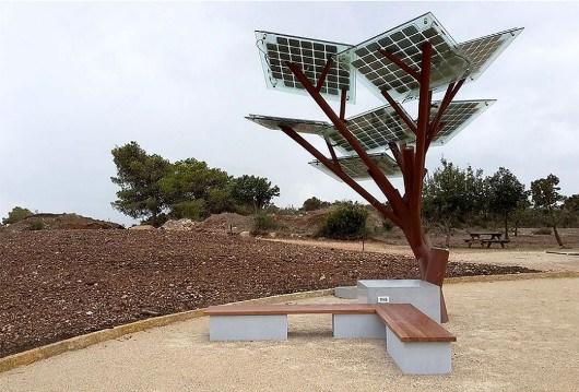 Habitus Enallacticus: Δέντρο με wifi, φως, νερό, τηλέφωνο