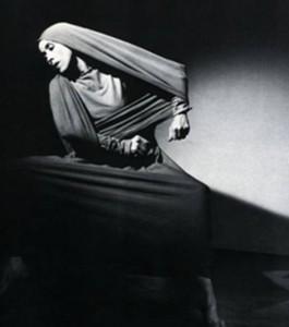 Το Μοιρολόι της Παναγιάς -  Martha Graham, Lamentation
