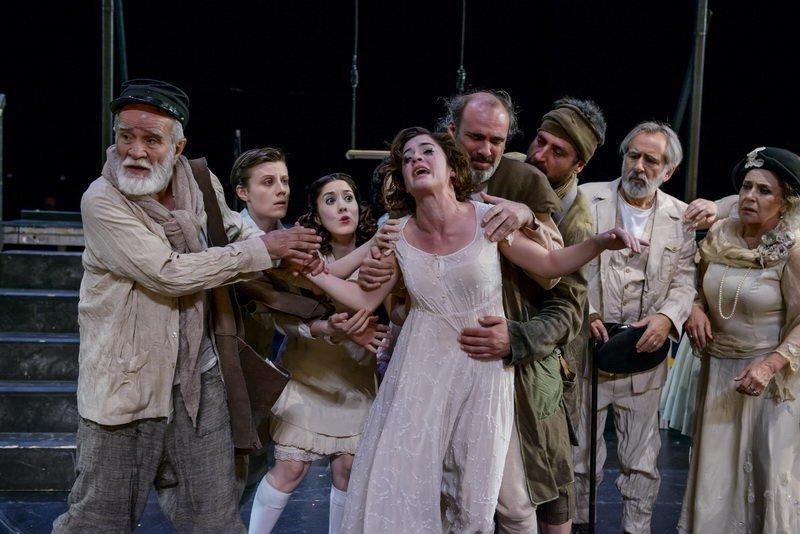Αντιγόνη, αρχαίο θέατρο Δίου, Φεστιβάλ Ολύμπου