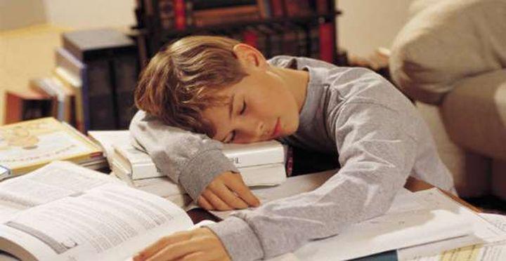 Κάποτε η ανάγνωση και η γραφή διδάσκονταν στο σχολείο, τώρα όμως ελέγχονται αν τα μάθατε καλά στο σπίτι.