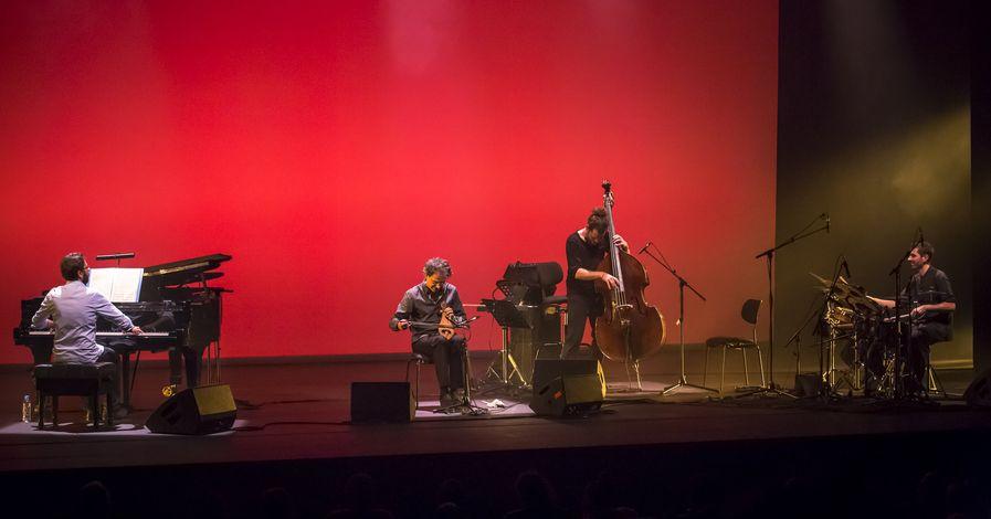 Σωκράτης Σινόπουλος Quartet - «Eight Winds»