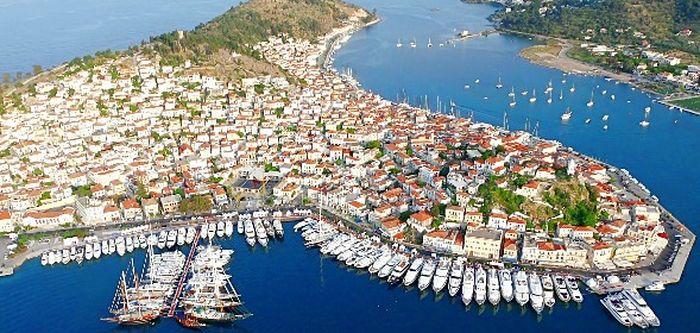 Το ελληνικό καλοκαίρι. Ένα νησί ένα ποίημα, μια ανάμνηση …Πόρος
