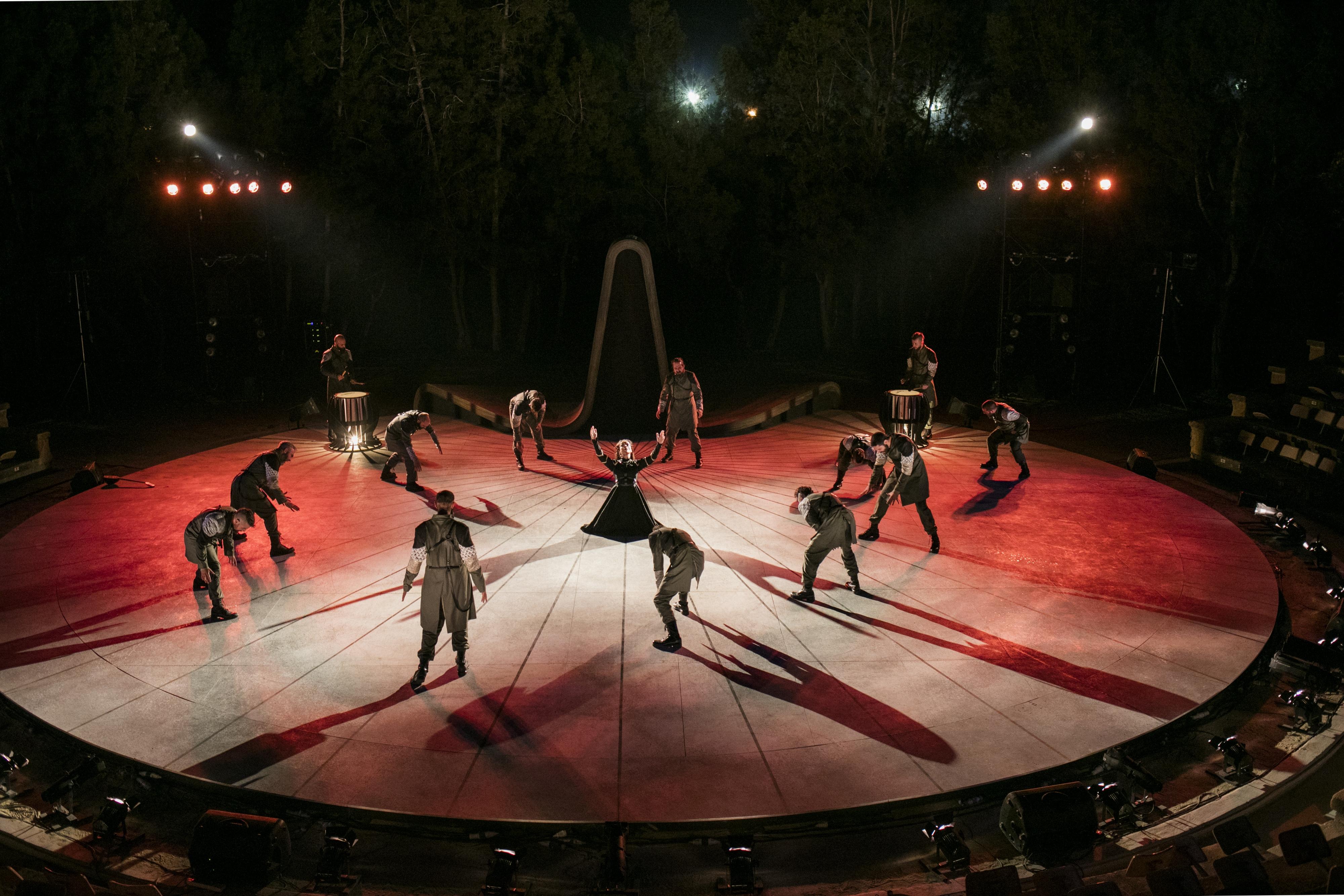 Πέρσες, ο Θεατρικός Οργανισμός Κύπρου στο 46ο Φεστιβάλ Ολύμπου.