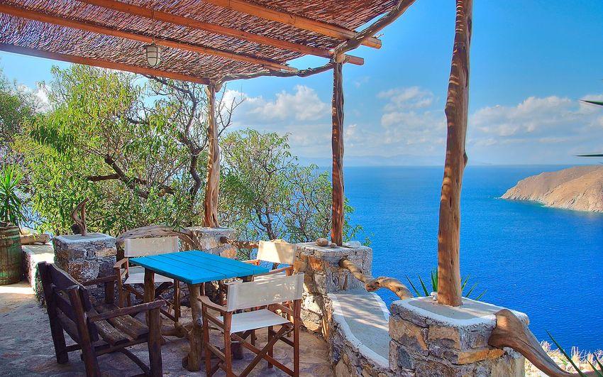 Το Ελληνικό καλοκαίρι. Ένα νησί, ένα ποίημα, μια ανάμνηση… Αμοργός