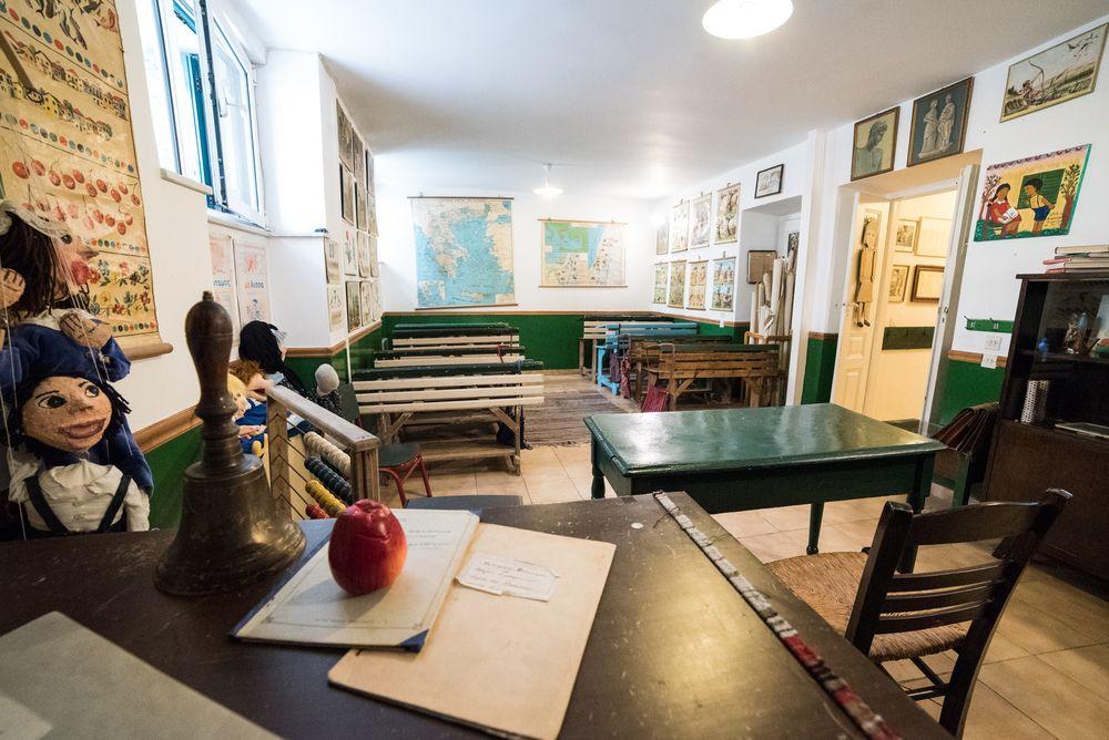 Μουσείο σχολικής ζωής και εκπαίδευσης, με μεράκι και αγάπη για τη διάσωση των σχολικών βιβλίων