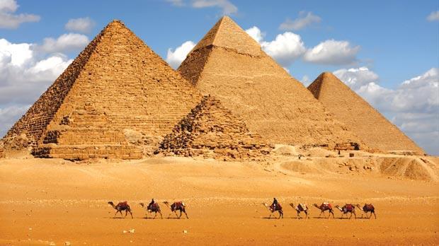 Φως από ένα αρχαίο πάπυρο στο μυστήριο της κατασκευής των Πυραμίδων