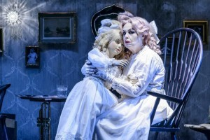 Τι απέγινε η Μπέημπι Τζέιν: κριτική της παράστασης