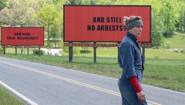 Οι τρεις πινακίδες έξω από το Έμπιγκ στο Μιζούρι – κριτική ταινίας