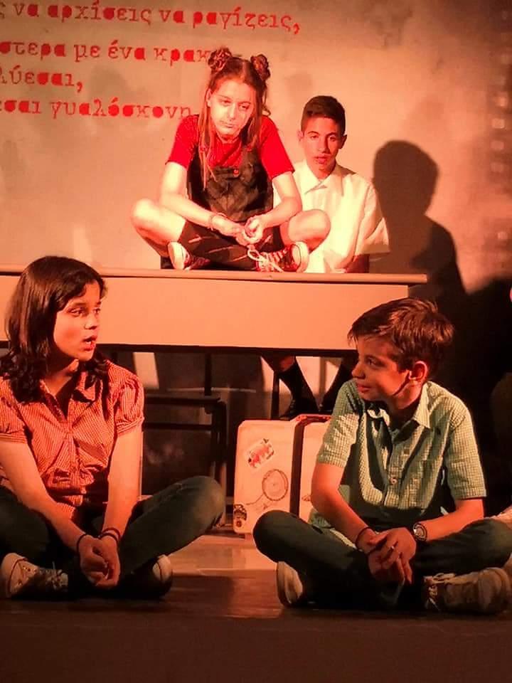 Ξανά λέγοντας τις ιστορίες | Θέατρο, κριτική της παράστασης
