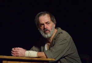 Το κιβώτιο, κριτική παράστασης | Θέατρο