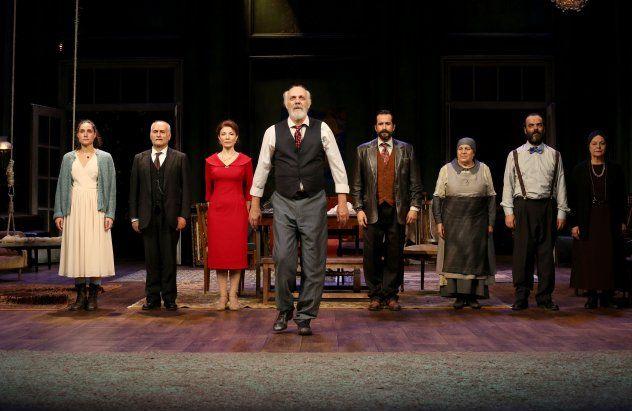 «Θείος Βάνιας» κριτική παράστασης  Παύλος Λεμοντζής | Θέατρο Αριστοτέλειον Θεσσαλονίκης
