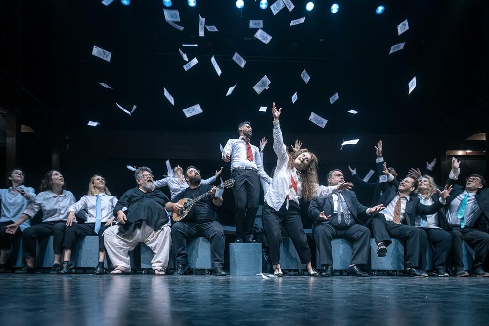 Η λαϊκή οπερέτα «Εκκλησιάζουσες» στο Θέατρο Δάσους, κριτική παράστασης