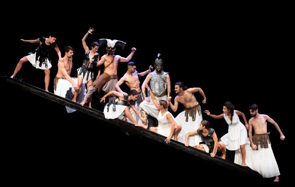 «Θεογονία, η αρχή του κόσμου», Θέατρο Κολοσσαίον, κριτική παράστασης