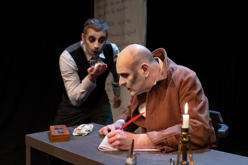 Το παλτό του Γκόγκολ στο θέατρο Σοφούλη, κριτική παράστασης