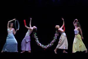 Δόξα κοινή στο Θέατρο Πορεία, κριτική παράστασης
